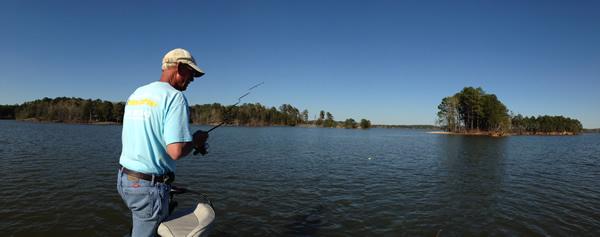 bass fishing on lake martin alabama